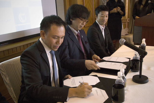 Signing of the Collaboration Agreement.