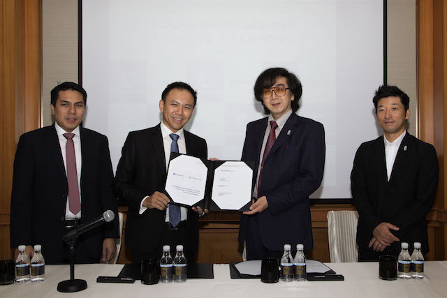 CYCLECT was represented by Managing Director, Mr. Melvin Tan and Director, Mr. Marcus Tan while CYBERDYNE was represented by CEO and President, Professor Yoshiyuki Sankai and Director and Head of Business Promotion Department, Mr. Kuno Takatoshi.